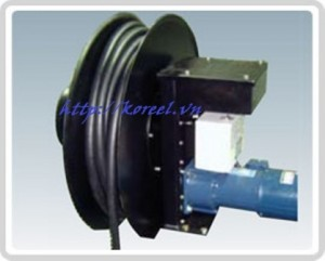 SCC M 300x241 rulo cuốn cáp điện tín hiệu, điện, âm thanh, chiếu sáng